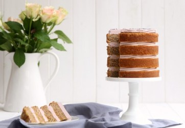 Earl Grey Cake With Lavender Icing