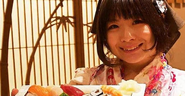 Watch: Meet Tokyo's First Female Sushi Chef