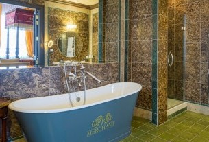 Merchant Sumptuous bath