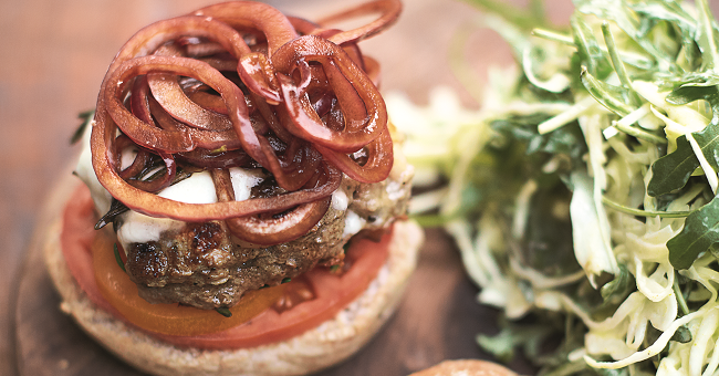 Italian Super-food Burgers, Balsamic Onions, Mozzerella & Slaw Jamie Oliver Enterprises Limited (2016 Super Food Family Classics) Photographer: Jamie Oliver
