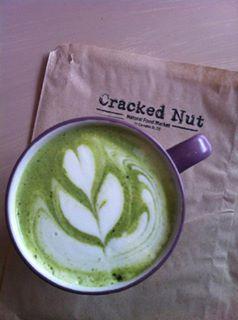 cracked-nut-matcha