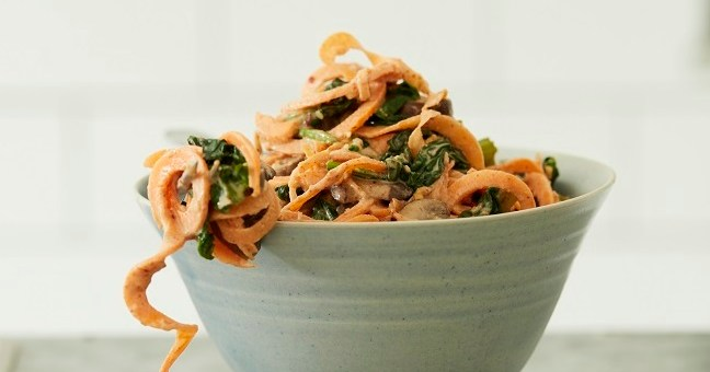 SWEET POTATO NOODLES RECIPE WITH A CREAMY PEANUT SATAY SAUCE - HIGH