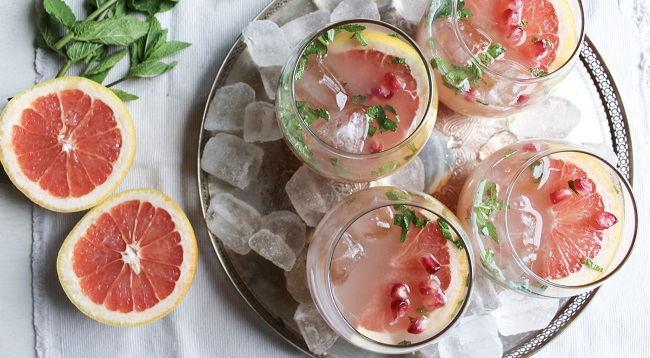 Grapefruit & Pomegranate Prosecco cocktail recipe