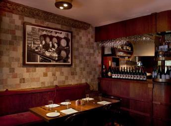 Il Vicoletto Restaurant - Interior2 - TheTaste.ie