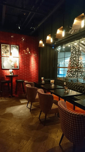 The Ultimate Spot to Eat, Drink and Be Merry Near Grafton Street - Lemon & Duke Bar Review [December Edition]