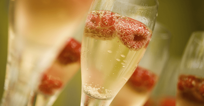 This is the Reason Why You Should Not Drink Prosecco from a Plastic Cup