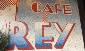Exterior Cafe Rey
