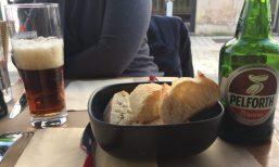 Les Cafe des Artes 1