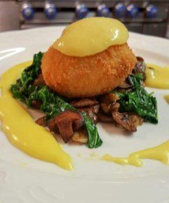 square table crispy-egg-eb
