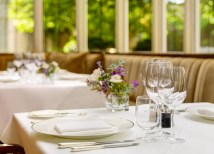 Restaurant Place Setting 2000px
