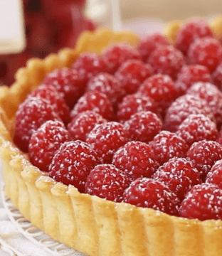 Raspberry Tart Recipe for Valentine's Day by Keelings