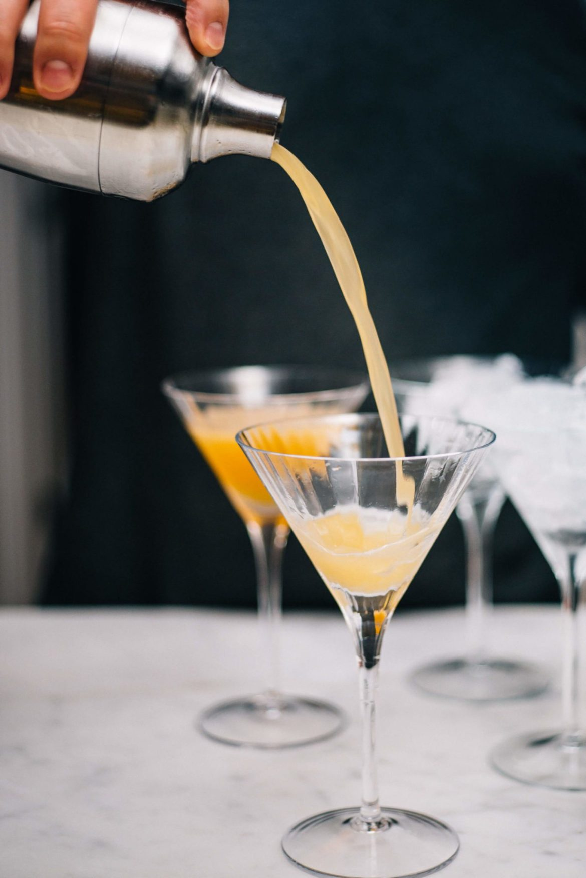 Pouring the best party cocktail with the taste edit for fall