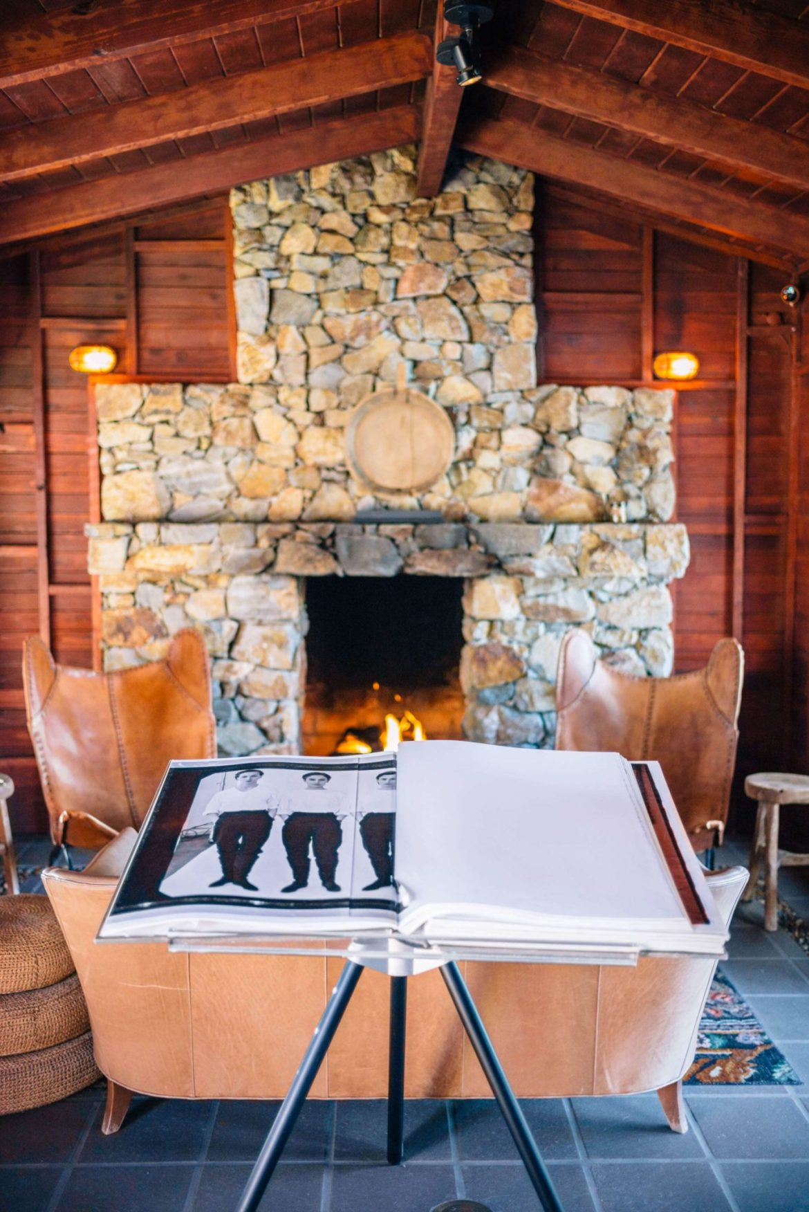 We love this cozy fireplace for chilly nights in the desert. Stay at Sparrows Lodge hotel in palm springs on your next visit.