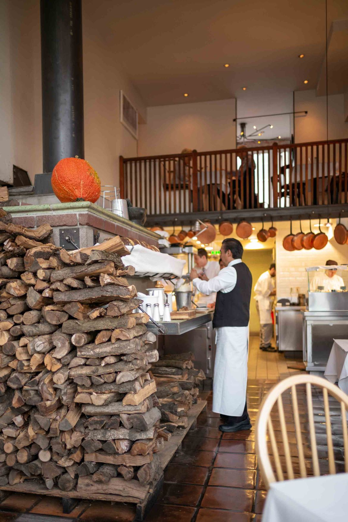 One of the best restaurants in San Francisco is Zuni Cafe, a classic restaurant with giant wood fired ovens in the center with local regulars and young couples