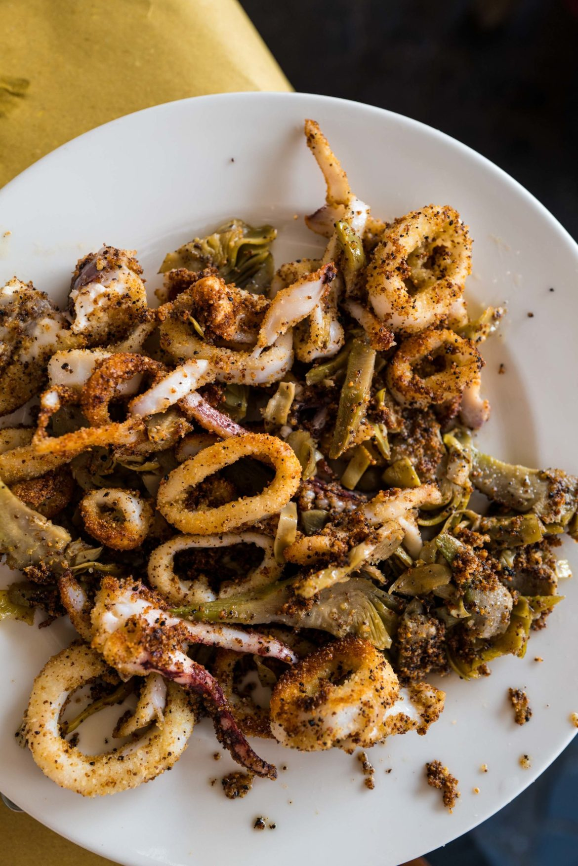 One of the most well known dishes from this Roman restaurant. Do not miss the artichokes and calamari with breadcrumbs at Trattoria da Teo in Rome, The Taste Edit #pasta #rome #italy #artichokes