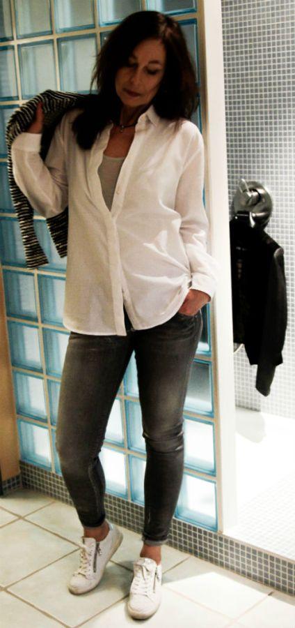 Stylish-in-White-08