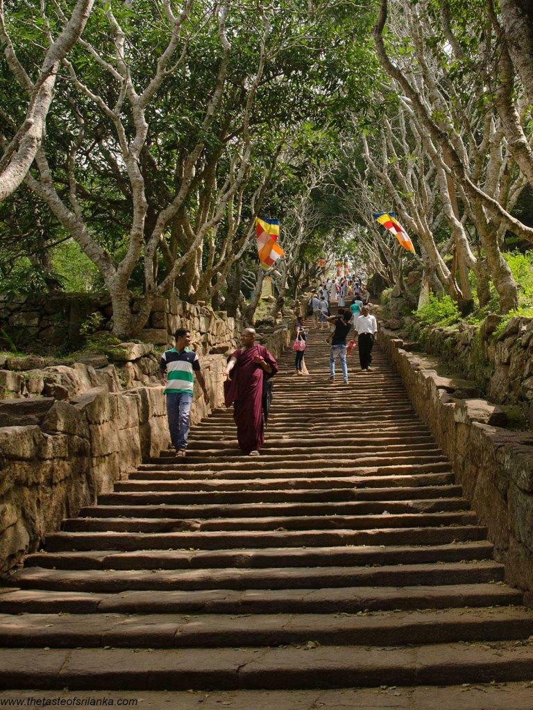 Sri Lanka, Mihintale