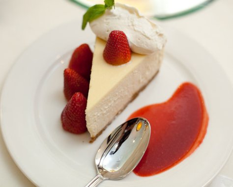 Maggiano's Little Italy - Austin - NY Cheesecake