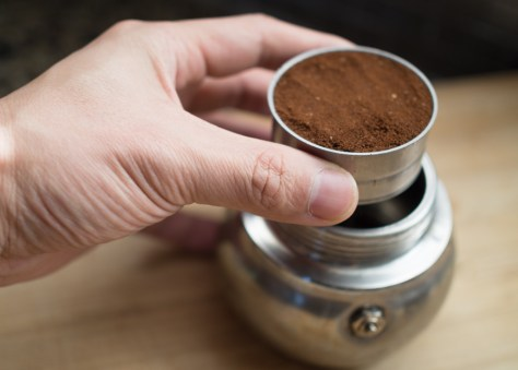 coffee grounds moka pot