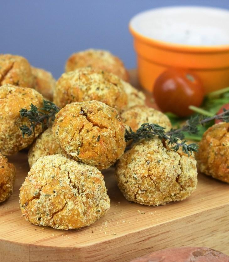 Средиземноморски хапки от нахут и сладък картоф
