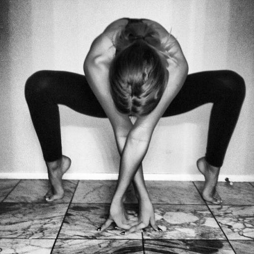 spider pose yoga