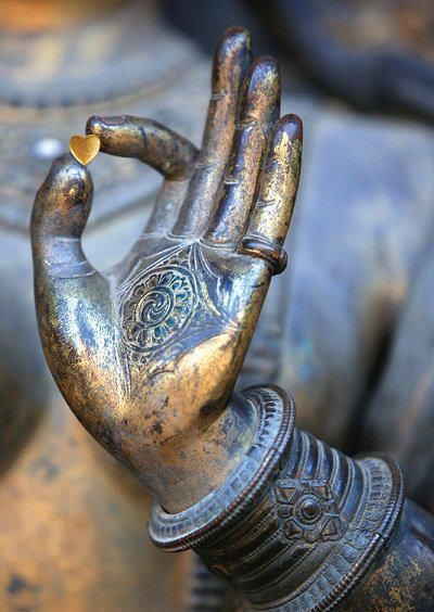 heart buddha statue