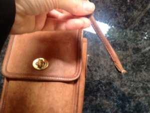 coach-purse-broken-12-1-16
