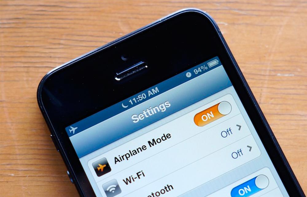 turn-on-airplane mode