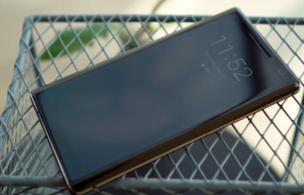 Nokia 8 Sirocco Design