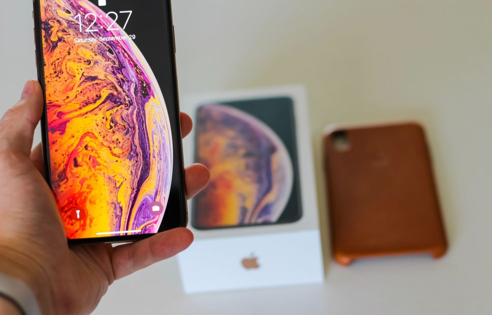 iPhone Xs vs iPhone Xs Max Comparison