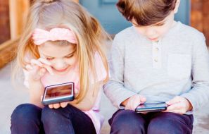Limit the App Usage of Your Child with FamiSafe