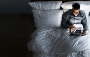5 Reasons Your Internet Connection Is Slower at Night