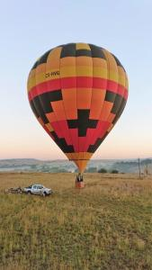 Sony Xperia XZ2 photo from hot air balloon in South Africa