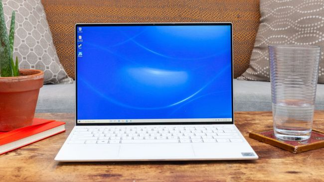 best college laptops in 2020: best laptop for science students: Dell XPS 13 (Late 2019)