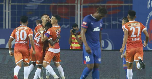Igor Angulo nets brace as FC Goa come from two goals down to earn a point against Bengaluru