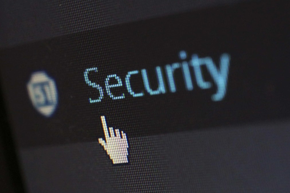 How To Keep Your Business Safe Online 100%