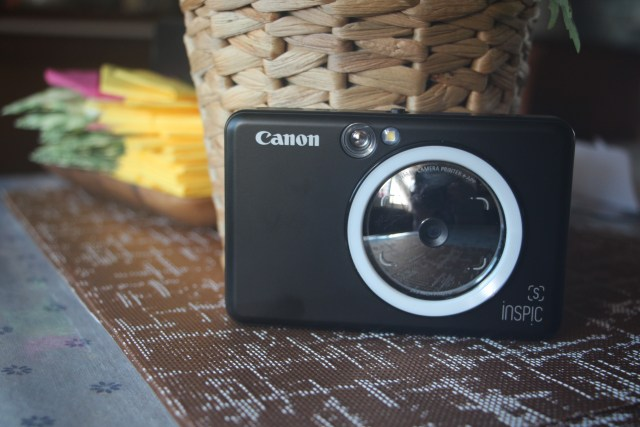 Canon iNSPiC [S] in Matte Black.