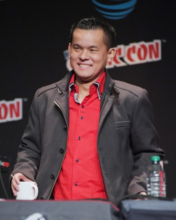 Jay Oliva at the Justice League panel at 2016 New York Comic Con Mike Coppola/Getty Images North America (via zimbio.com)
