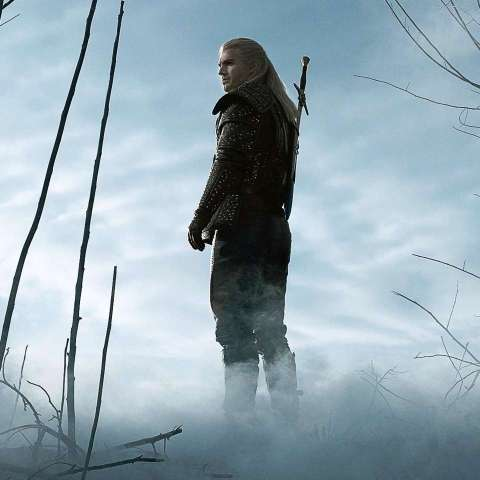 Henry Cavill in the role of Geralt of Rivia in Netflix's The Witcher via gamespot.com