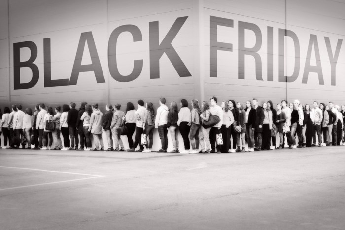 Thanksgiving Day Retail Traffic Increased 71% in 2012