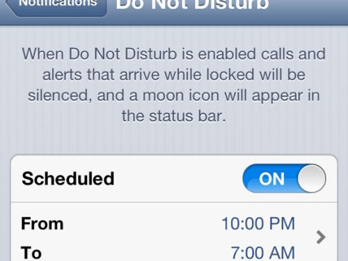 """Apple Show Case """"Do not Disturb"""" Functionality in iPhone 5 – TV Ad – Dream"""