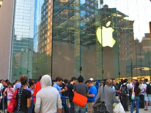 Ahrendts: More Blockbuster Apple Product Launch Days To Come