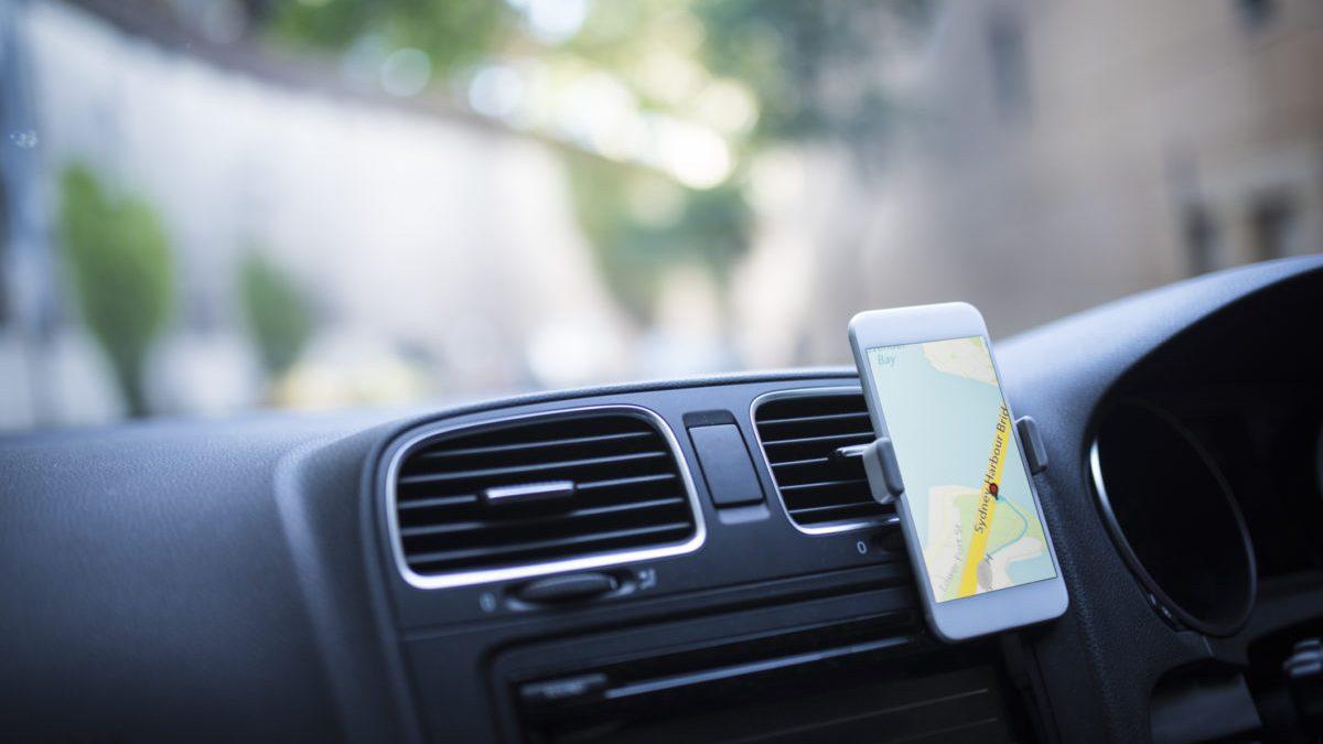 smartphone navigation laws