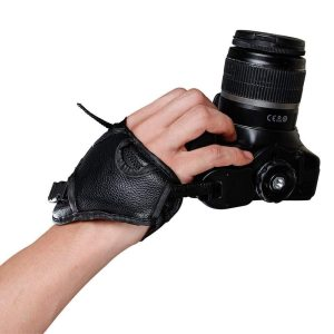 Camera grips and mounts