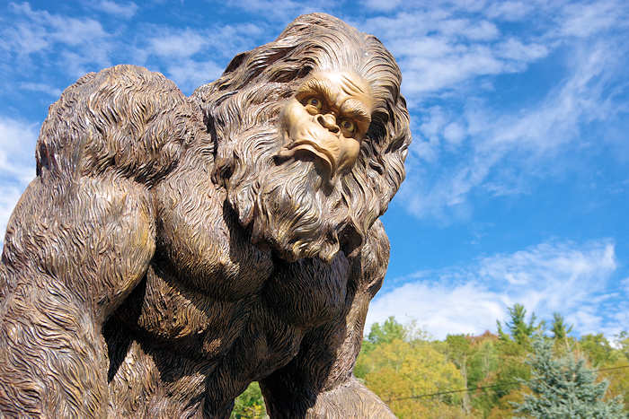 Haunted House For Sale and Bigfoot Visits Washington