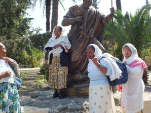African Christians venerate Simon Peter statue