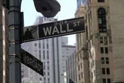 stock-exchange-1376107_960_720