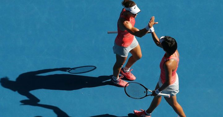 Samantha Stosur and Zhang Shuai won the Australian Open doubles