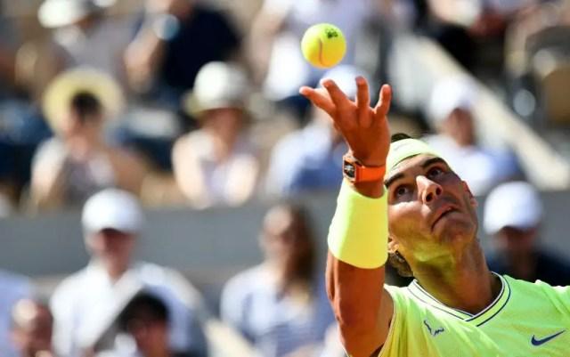 "Rafael Nadal reach the fourth round of ""Roland Garros"""