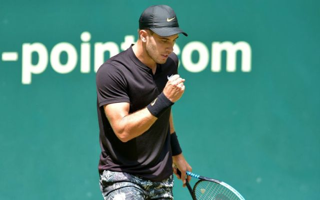 Borna Coric continues to fight in Halle